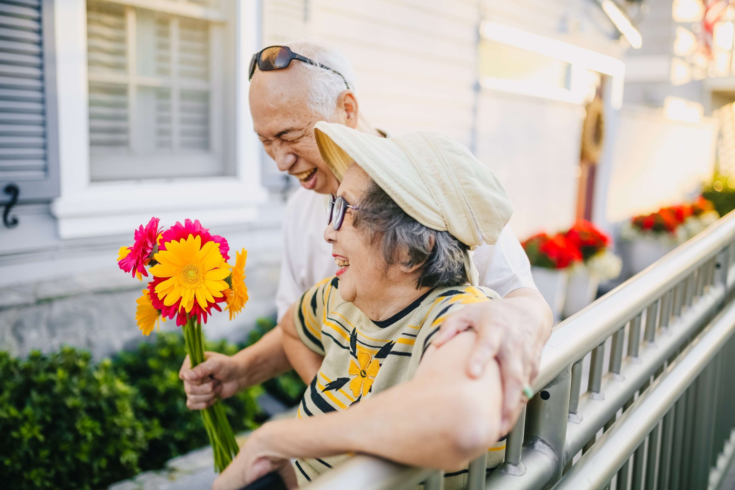 Fewer Relationship Issues Seen in Longer Marriages as Partners Mellow